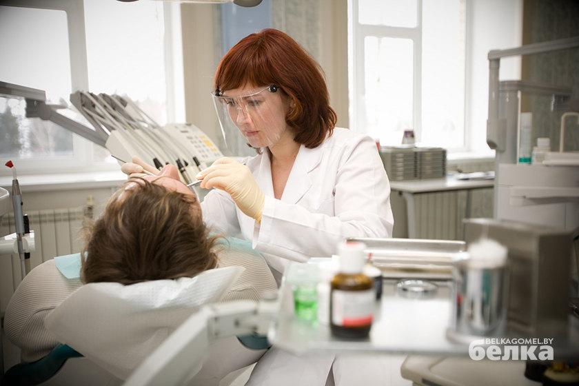 Главный стоматолог Гомеля: «К больному зубу ни в коем случае не прикладывайте тёплый компресс»